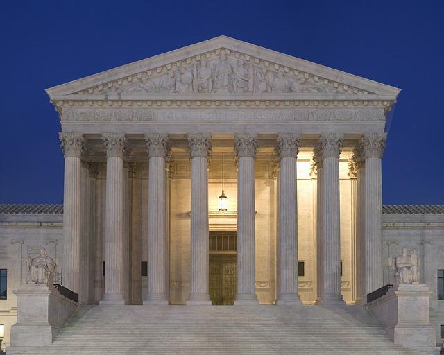 supreme_court_640x512